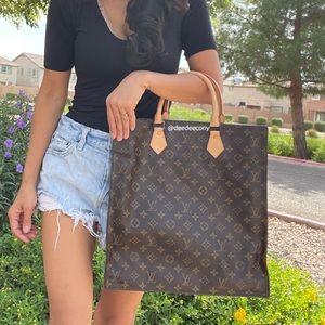 LOUIS VUITTON Monogram Sac Plat Hand Bag